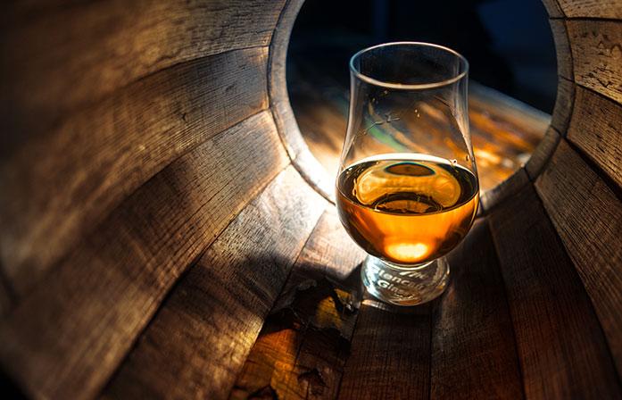 «Вода жизни/Whisky»